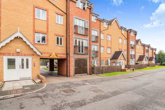 2 bed flat for sale in Foundry Gate, Waltham Cross EN8