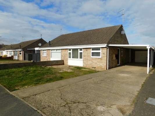 Thumbnail Semi-detached bungalow to rent in Crowson Crescent, Newborough, Peterborough