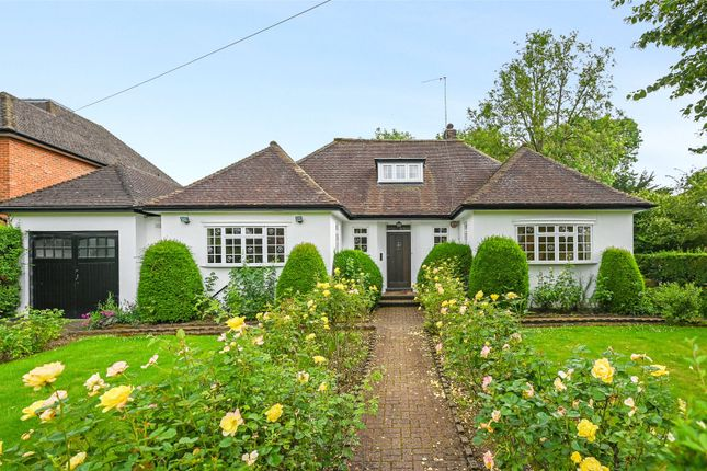 Thumbnail Detached bungalow to rent in Moor Park Road, Northwood, Middlesex