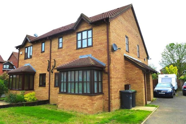 Thumbnail Property to rent in St Marys Close, Marston Moretaine, Bedford
