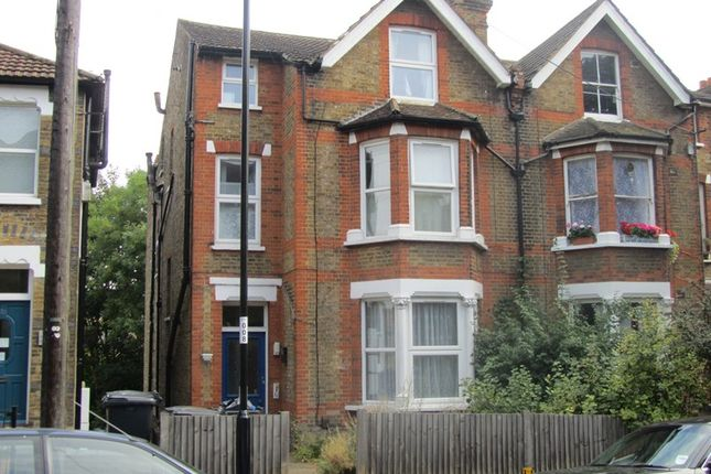 1 bed property to rent in Avondale Road, South Croydon