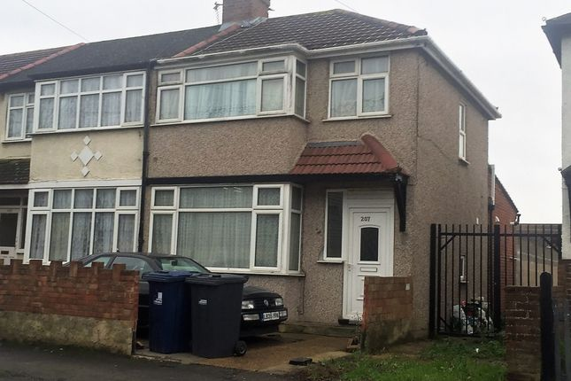 Thumbnail End terrace house to rent in Scotts Road, Southall