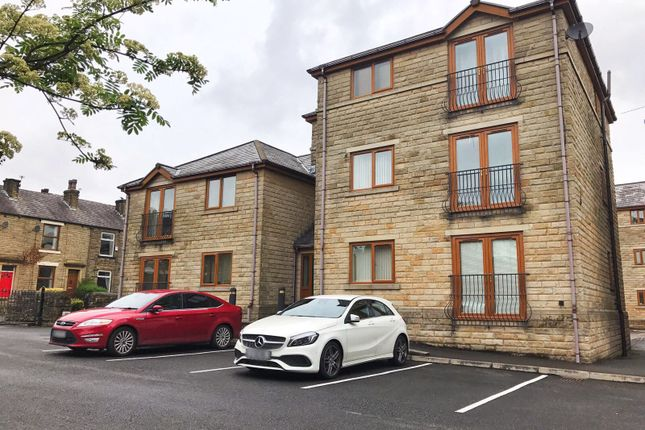 Thumbnail Flat to rent in Harbour Lane, Milnrow