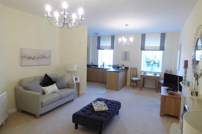 Thumbnail Flat for sale in Greaves Road, Lancaster
