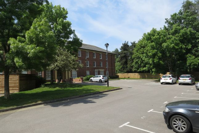 1 bed flat to rent in Rougemont Court, Farm House Rise, Exminster, Exeter EX6