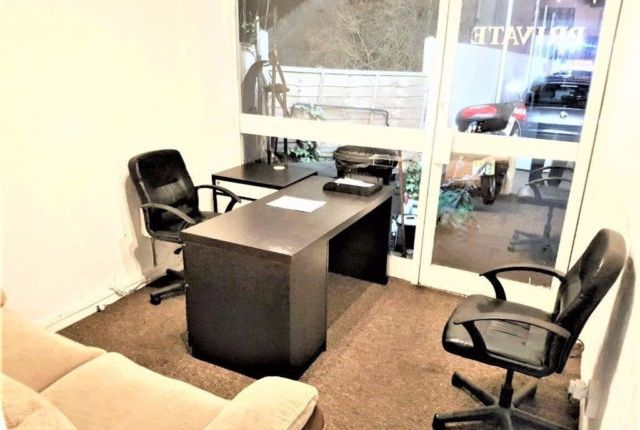 Thumbnail Office to let in Green Lane, Goodmayes/Ilford