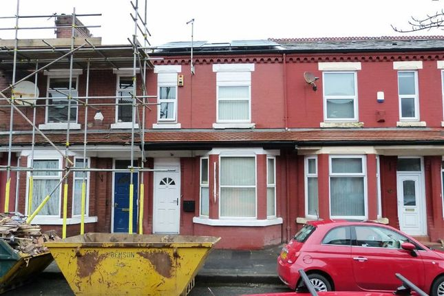 Thumbnail Town house for sale in Ruskin Avenue, Rusholme, Manchester