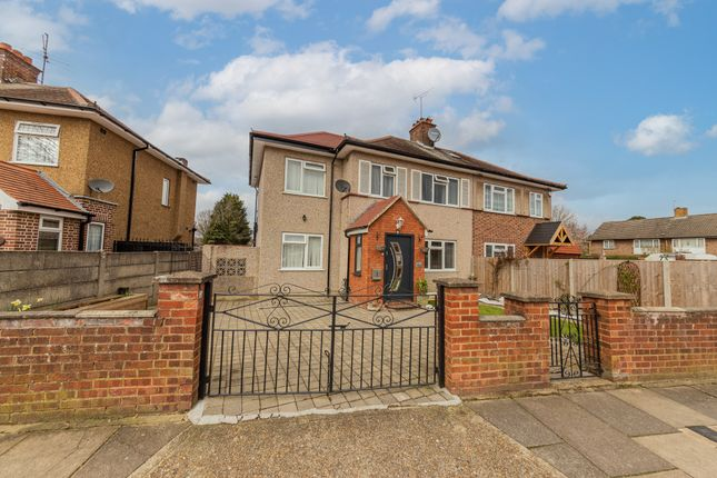 Thumbnail Semi-detached house for sale in Kingshill Avenue, Hayes, Middlesex