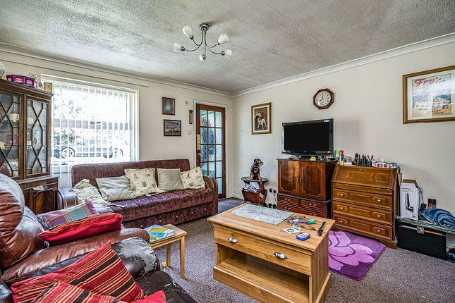 Lounge 4 of Upper Church Lane, Tipton, West Midlands DY4