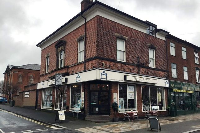 Thumbnail Restaurant/cafe for sale in Market Street, Chorley