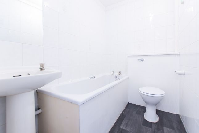Bathroom of Swain Street, Marylebone, Central London NW8