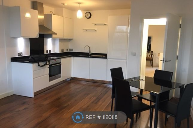 Thumbnail Flat to rent in Stroud Green Road, London