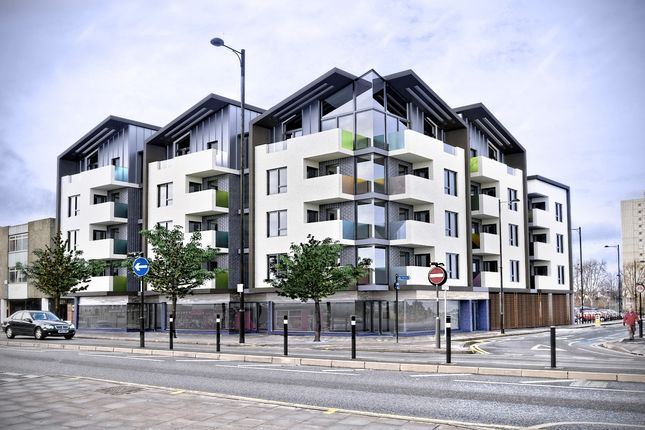 Thumbnail Flat for sale in London Road, Southend-On-Sea