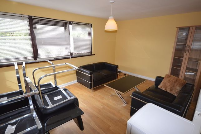 4 bed flat to rent in Russet Crescent, London N7
