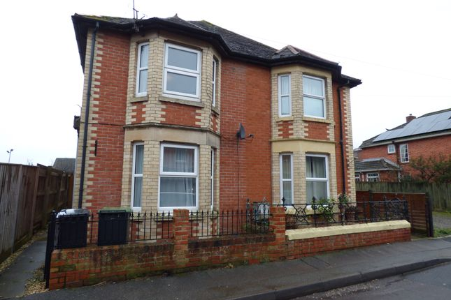 1 bed flat to rent in Buckingham Road, Gillingham SP8