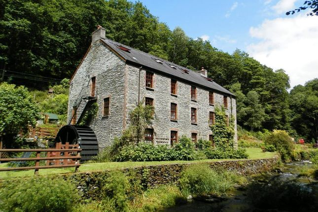 Thumbnail Farmhouse for sale in Cwmcych, Cwmcych, Newcastle Emlyn, Carmarthenshire