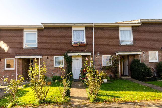Thumbnail Property to rent in Handside Close, Worcester Park
