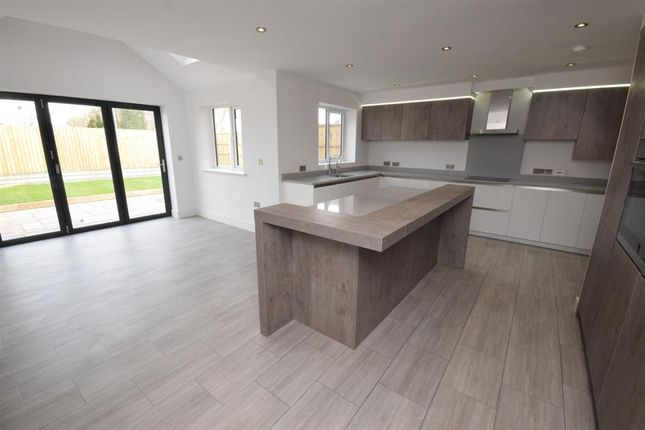 Thumbnail Detached house for sale in Cranmer Close, Blaby, Leicester