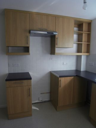 Kitchen of Plymouth Road, Totnes TQ9