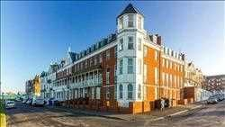Thumbnail Flat to rent in Endcliffe House, Lewis Crescent, Margate