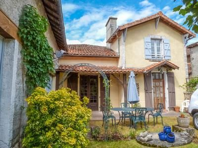 3 bed property for sale in Chassenon, Charente, France