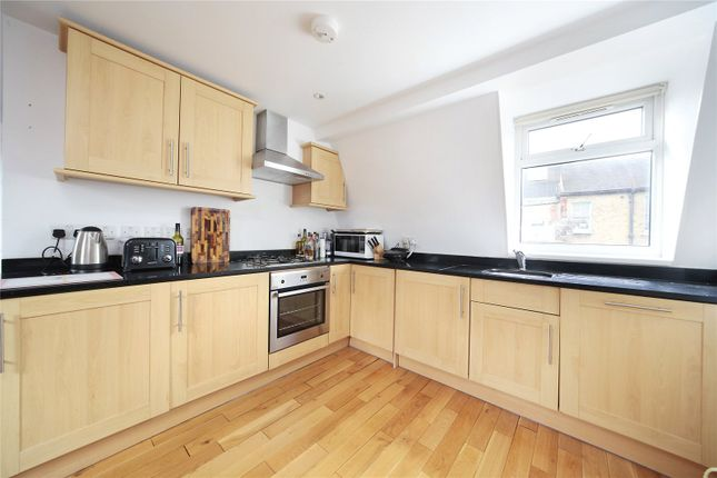 Thumbnail Property to rent in Kenwyn Road, Clapham, London