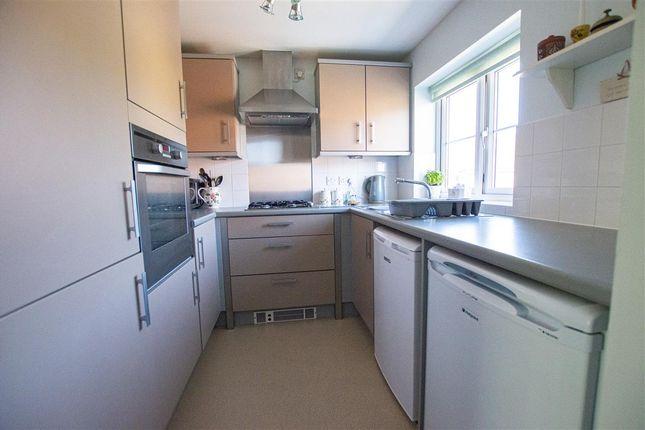 Kitchen of Murrayfield Avenue, Greylees, Sleaford NG34