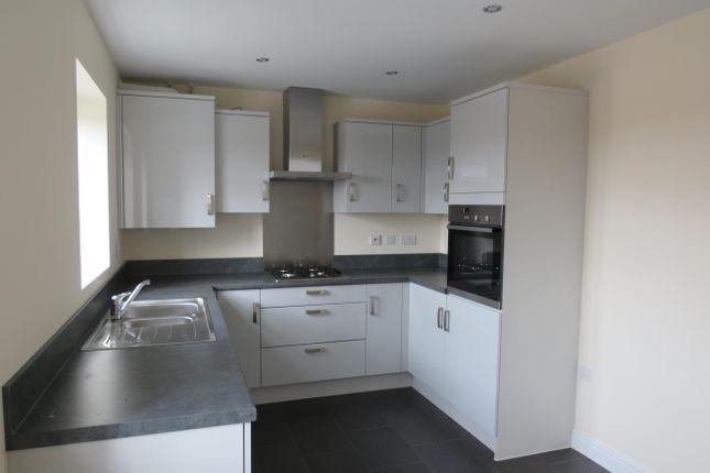 Kitchen of Poppyfield Road, Wootton, Northampton NN4