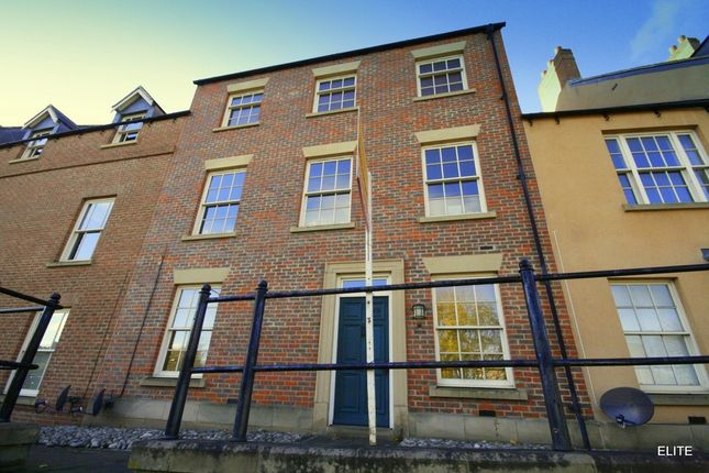 Thumbnail Town house to rent in Highgate, Durham