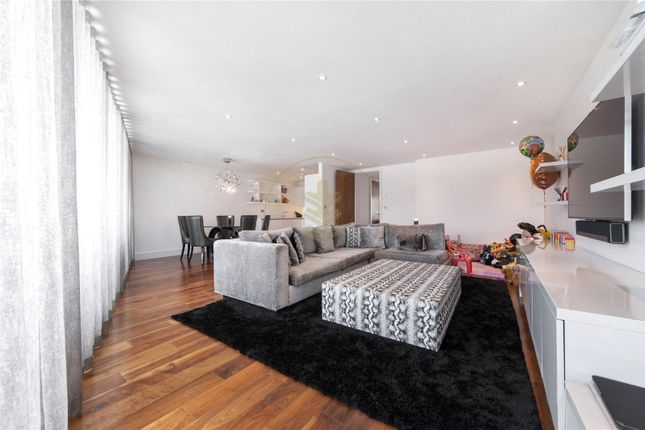 Thumbnail Flat to rent in Titan Court, 1 Flower Lane, Mill Hill