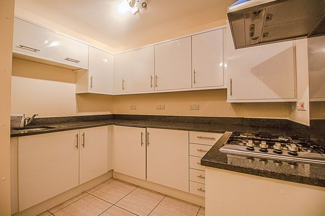 Thumbnail Flat to rent in Hidden Close, West Molesey