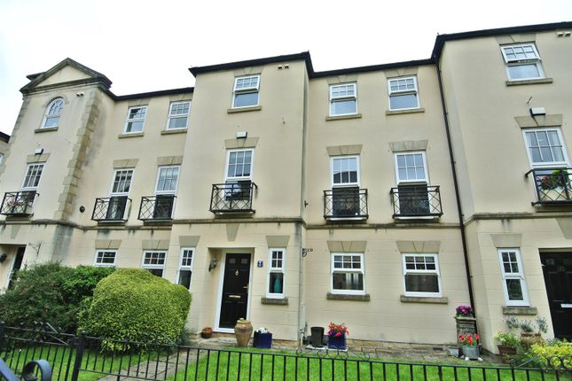 Thumbnail Town house for sale in The Piazza, Lancaster