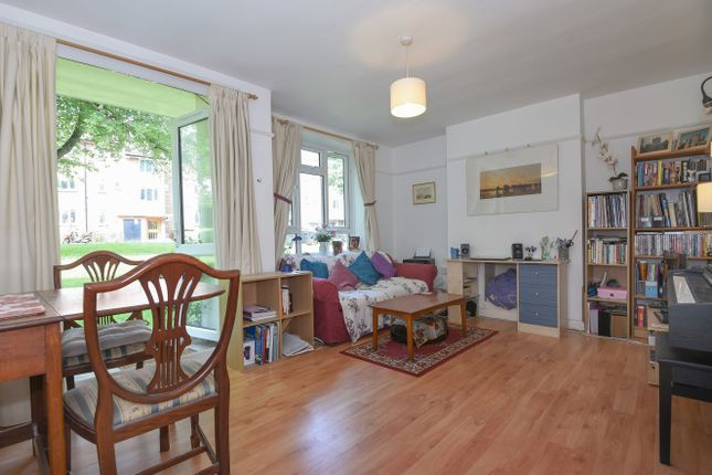 Thumbnail Flat for sale in Jellicoe House, Putney