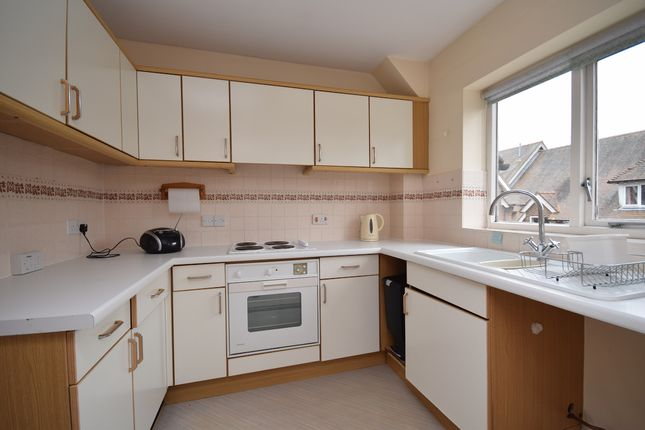 Thumbnail Flat for sale in Kennard Court, Riverside, Forest Row