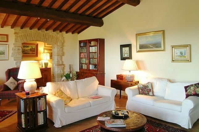 Sitting Room 4 of La Torretta, Grutti, Todi, Umbria