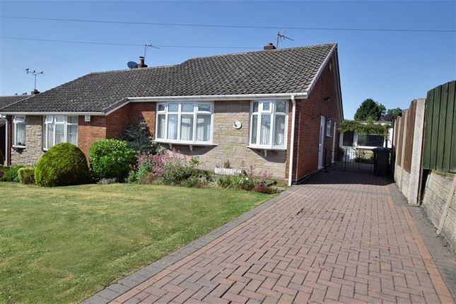 Thumbnail Bungalow for sale in 94, Fallowfield Road, Walsall, West Midlands