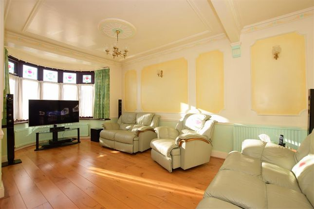 Thumbnail Bungalow for sale in Randall Drive, Hornchurch, Essex