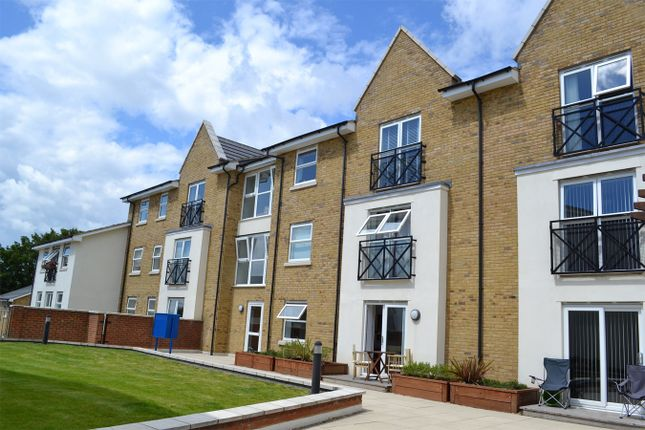 2 bed flat to rent in Johnson Place, 65 Walsworth Road, Hitchin SG4