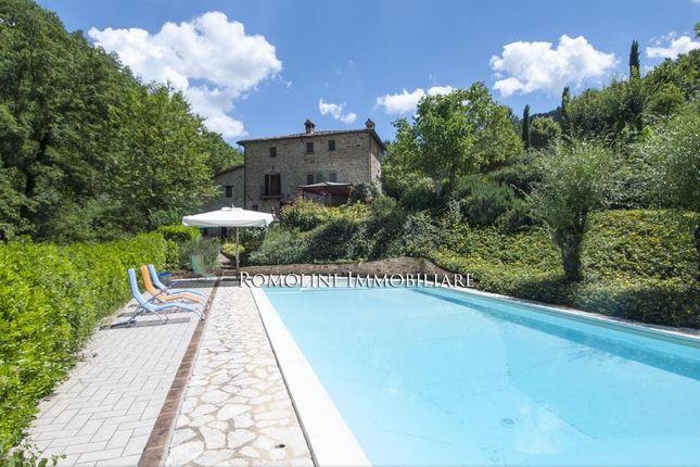 4 bed farmhouse for sale in Città di Castello, Umbria, Italy