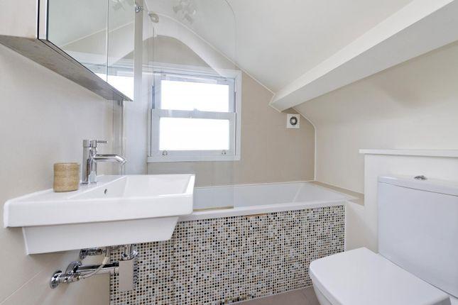 Bathroom of Leamington Road Villas, London W11