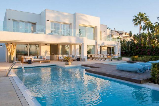 Thumbnail Villa for sale in Spain, Málaga, Marbella, Golden Mile