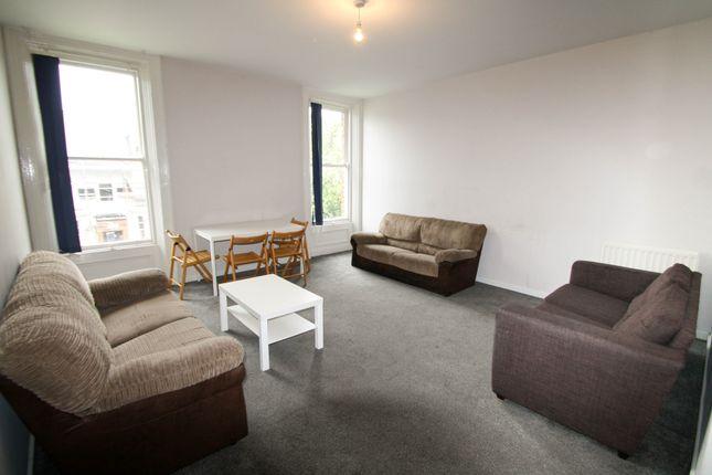 Thumbnail Flat to rent in Osborne Road, Jesmond, Newcastle Upon Tyne