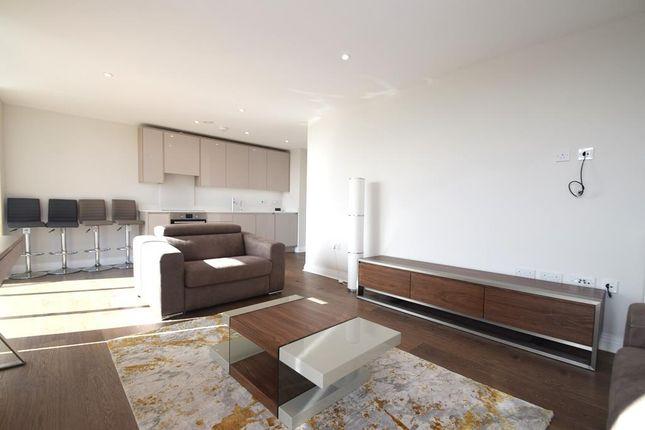 Thumbnail Flat to rent in Panorama Apartments, Harefield Road, Uxbridge