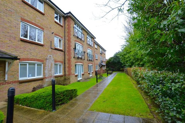 Thumbnail Flat To Rent In Canbury Park Road Kingston Upon Thames
