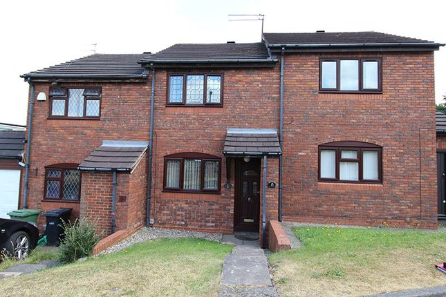 Thumbnail Town house for sale in Bartic Avenue, Kingswinford