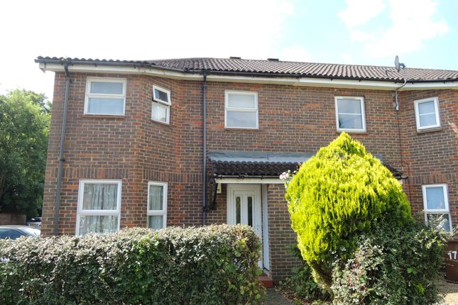 Thumbnail End terrace house to rent in Wellgarth, Welwyn Garden City