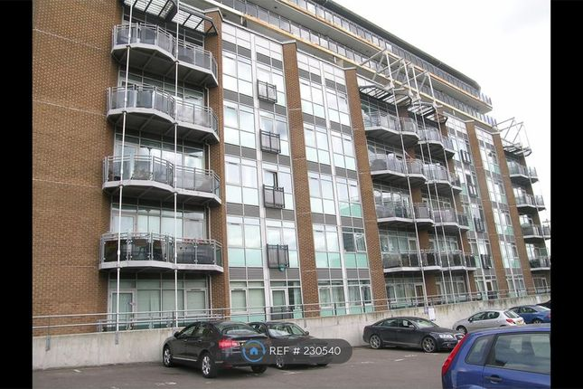 Thumbnail Flat to rent in Gerry Raffles Square, London