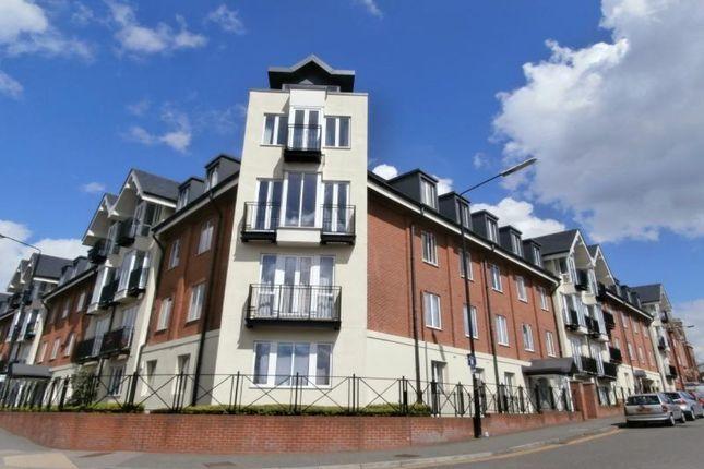 Thumbnail Flat to rent in Marlborough Road, St.Albans