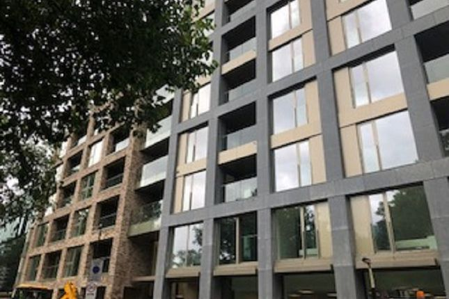 Thumbnail Flat to rent in King Cross Quater, Pentonville Road, London