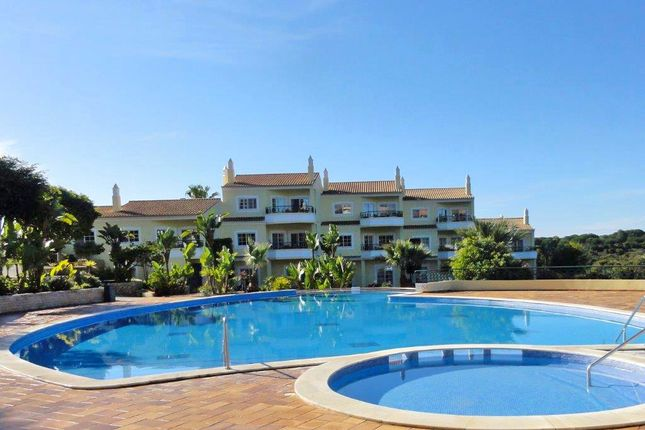 2 bed town house for sale in Estômbar E Parchal, Lagoa, Portugal
